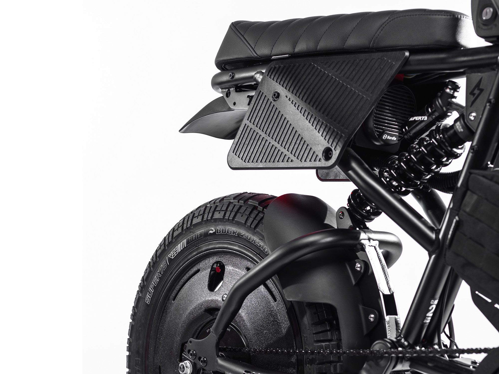 The rear looks battle ready thanks to 3-D-printed covers and number plates. The custom saddle is courtesy of Saddlemen.