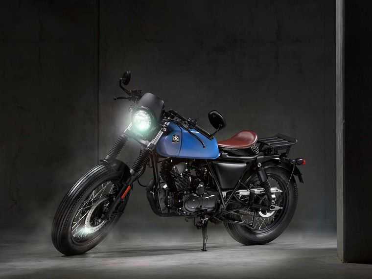 2020 Brixton Motorcycles Rayburn First Look Motorcycle Cruiser