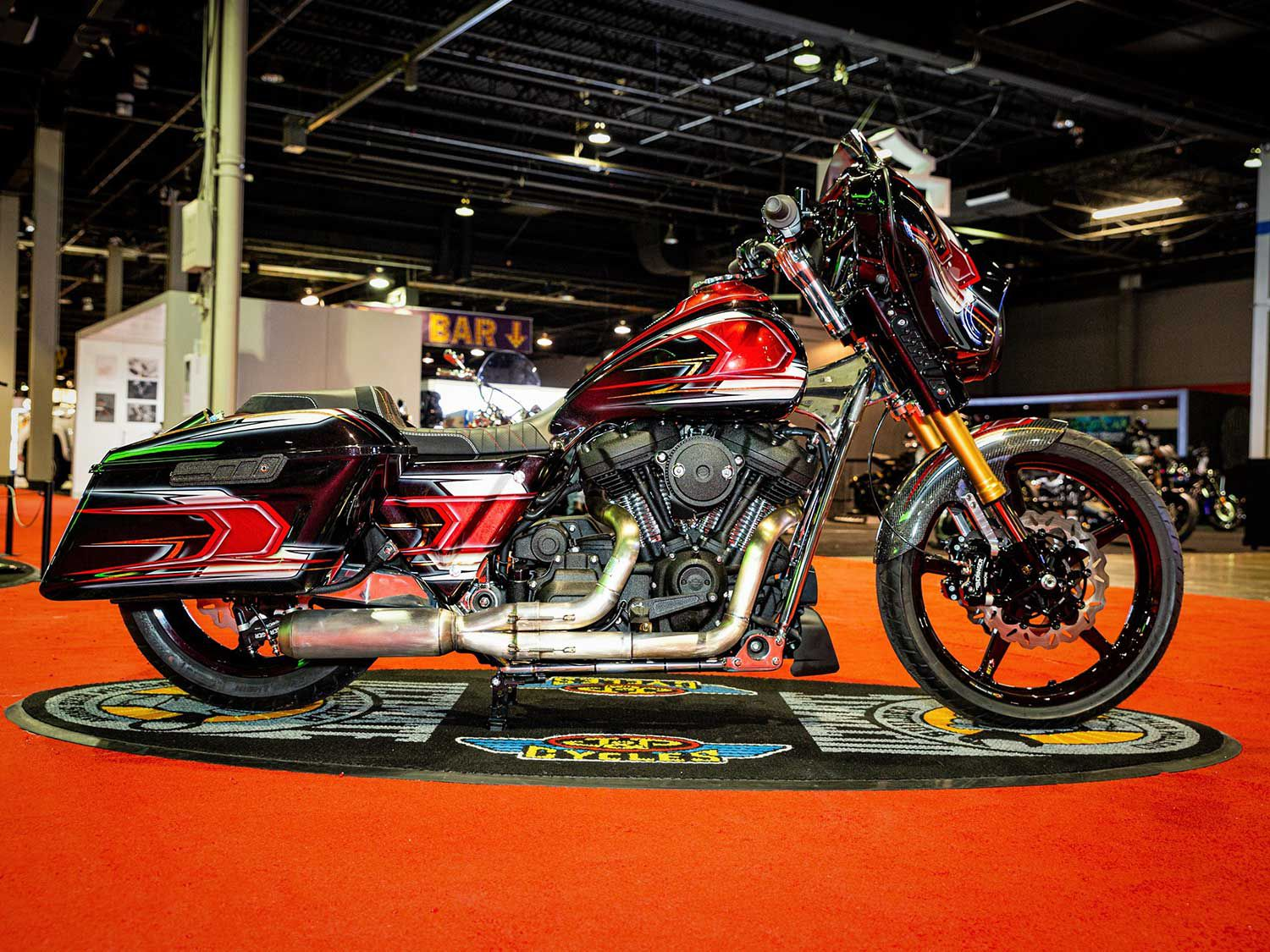 Another Chicagoan, Chuck Conrick of DA Performance got first place for his 2018 Harley-Davidson Street Glide, painted by NSD Paintwerks. It's rocking a Hayabusa front end with a custom stainless steel frame with a 124-inch M-8 engine.