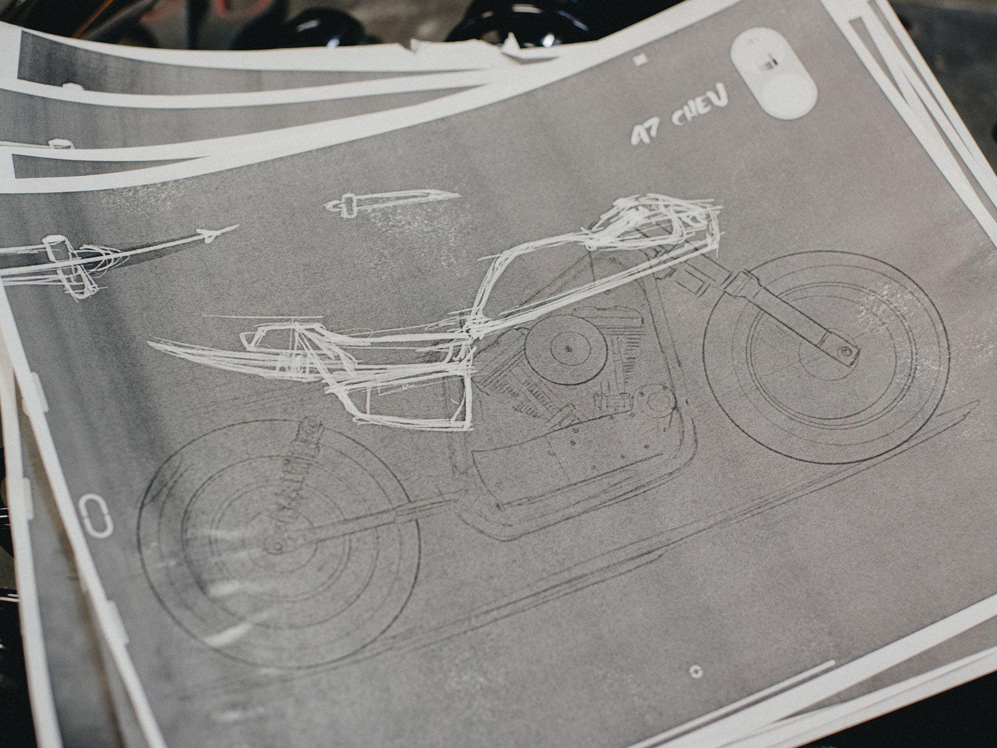 Vroege schetsen voor de Sportster build.  Sommige bouwers gaan liever direct naar de vorm, anderen zien het liever eerst op papier.