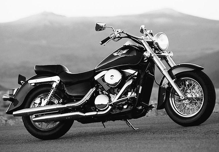 Groovy Big Twin Rumble Kawasaki Vulcan 1500 Classic Motorcycle Alphanode Cool Chair Designs And Ideas Alphanodeonline