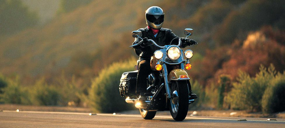 Retro Review of the 2000 Harley-Davidson Heritage Softail Classic