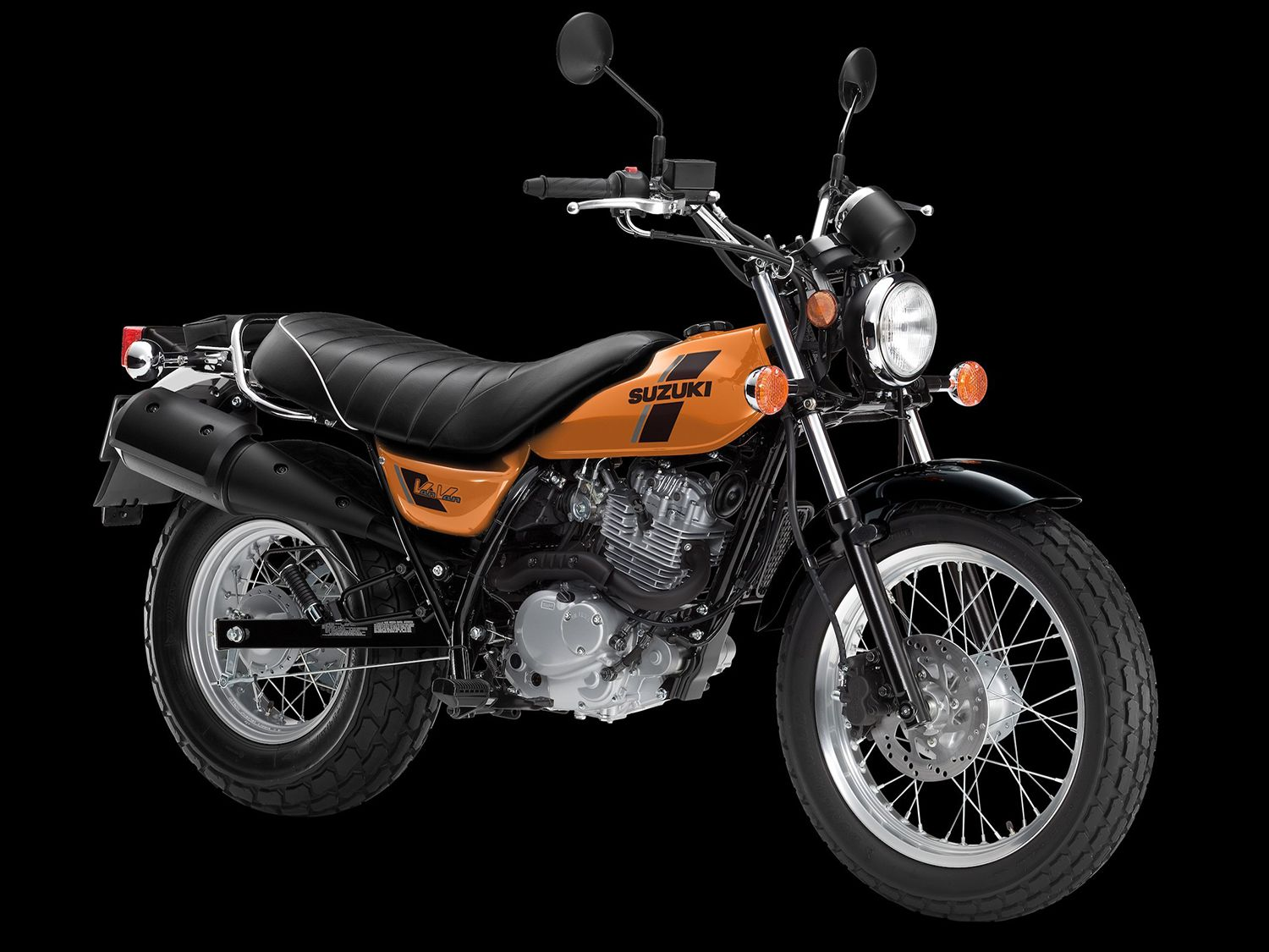 Another chunky-tired and oddly-named favorite is the fuel-injected 200cc VanVan, ready to rip up any nearby trail or a quick dash on the tarmac.